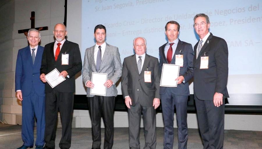 grupal_diplomas IRU