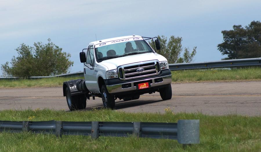 prueba-ford-f4000 (11)