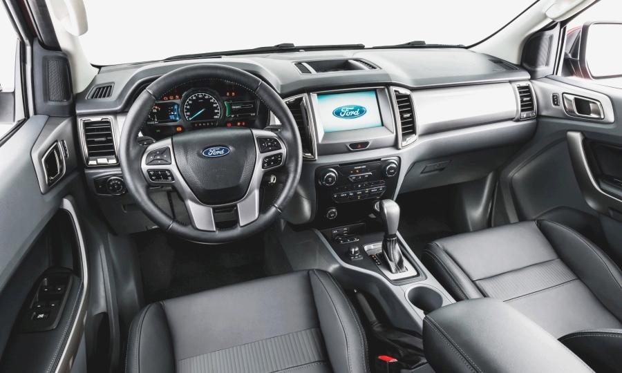 ford-ranger-interior