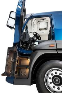 Cargo Extrapesado (Extra-Heavy Duty Cargo Truck)