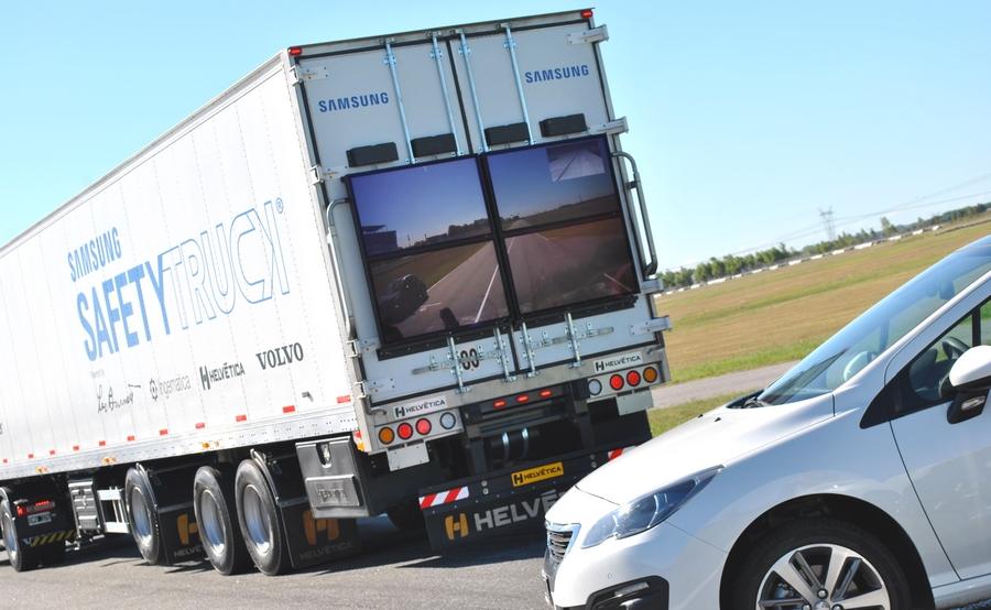 samsung-safety-truck (1)
