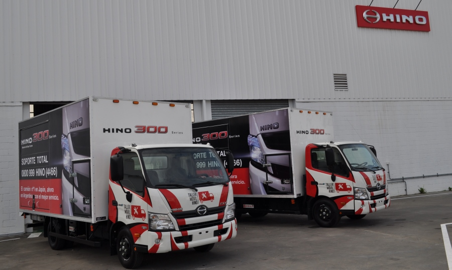 hino-taller-movil-toyota-3