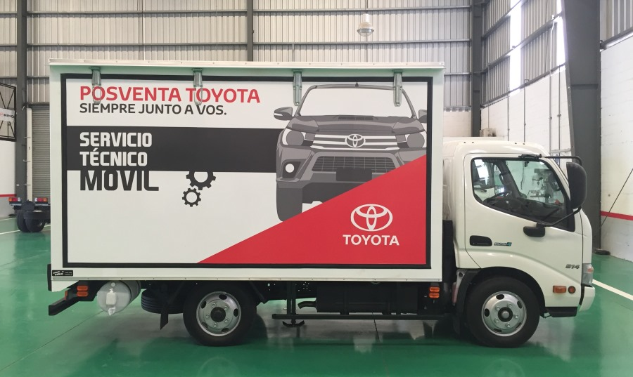 hino-taller-movil-toyota-5