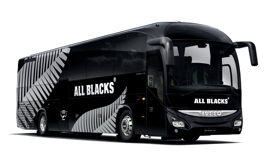 iveco-all-blacks-2