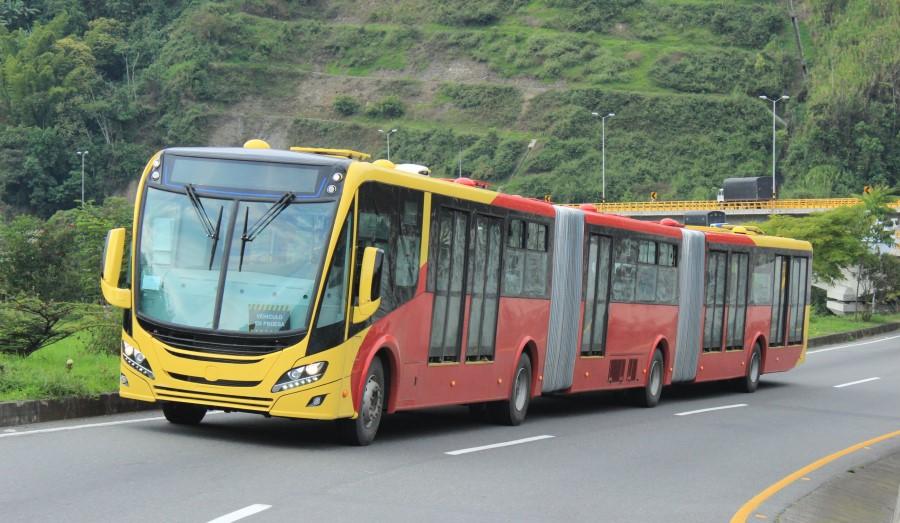 scania-bus-biarticulado-2
