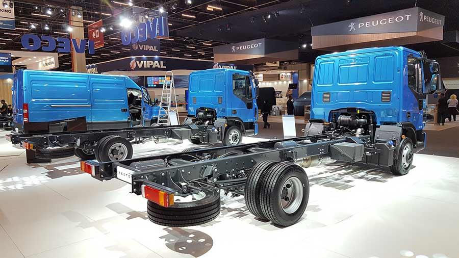iveco-tector-8-11-toneladas-argentina-3